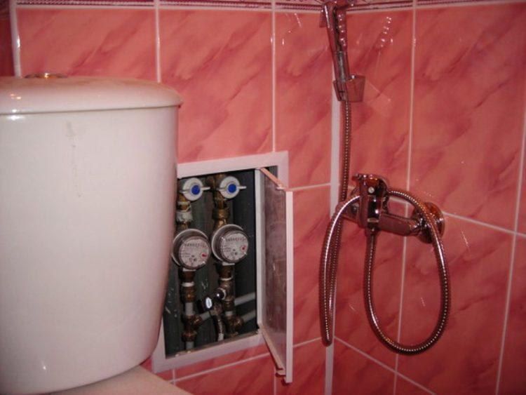 спрятанные трубы в ванной