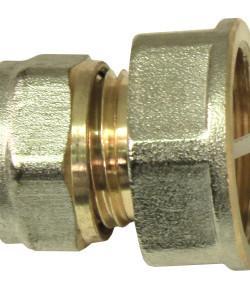 Фитинг для соединения металлопластиковой трубы со стальной