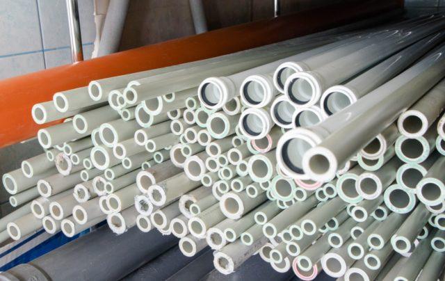 Разновидности пластиковых труб в сантехнике