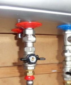 Место установки на входном патрубке водонагревателя