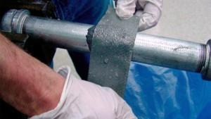 Применение герметика для устранения течи