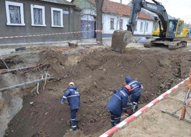 Земляные работы при проведении трубопровода